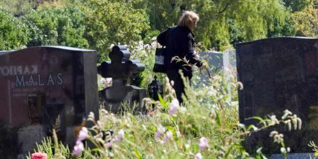 Cemetery Class-Action Lawsuit Ends In $1.2M