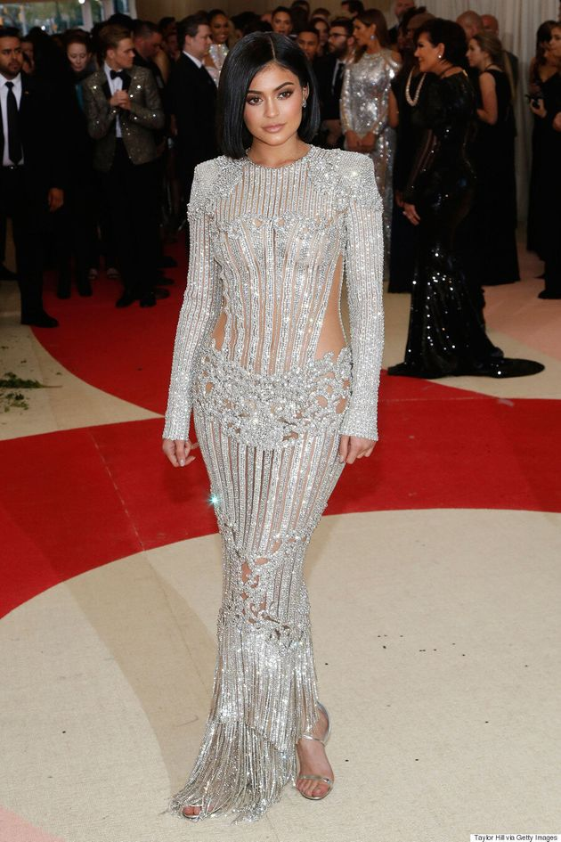 2016 Met Gala: Kylie Jenner Snapchats Battle Wounds From Balmain