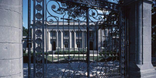 Gate blocking entrance to mansion