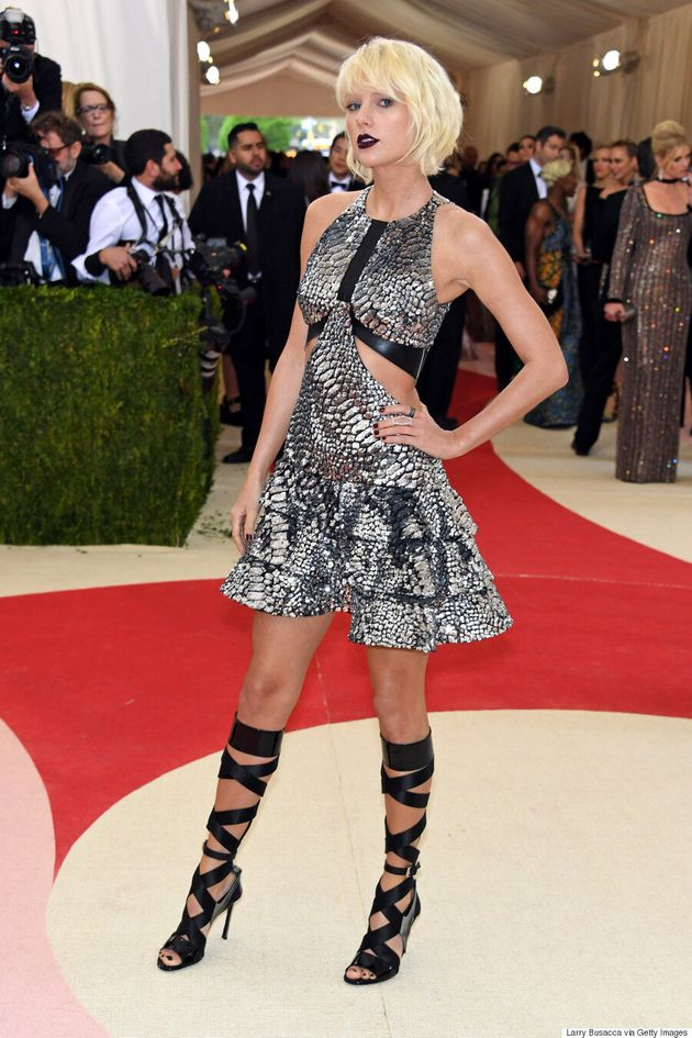 Met Gala 2016: Taylor Swift Blows Our Minds In Custom Louis