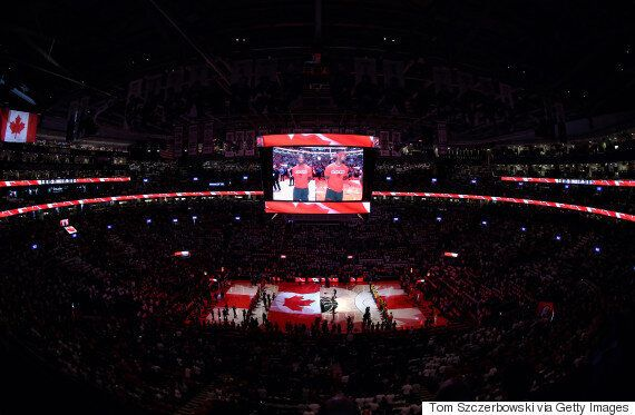 Fans Singing 'O Canada' At Toronto Raptors Game Was Pure