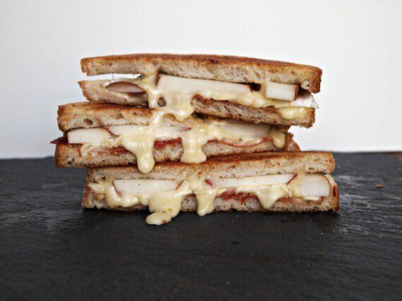 6 Drool-Worthy Recipes For Grilled Cheese