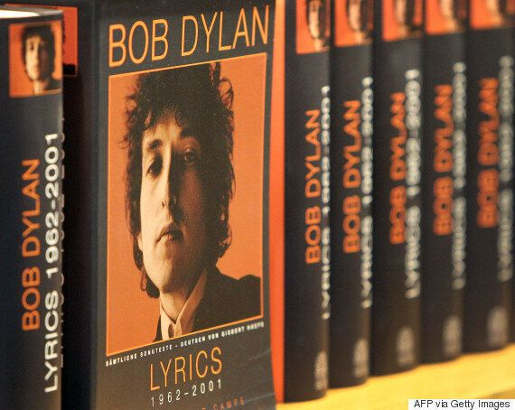 Bob Dylan Called 'Impolite And Arrogant' For Silence On Nobel Prize By Academy