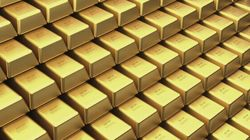 Why Betting On An Economic Meltdown Is Enriching Gold