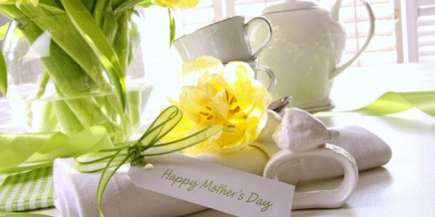 Gift card for mother's day with flowers