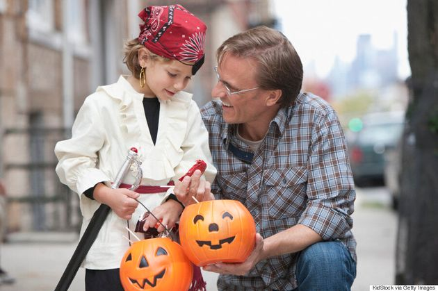 Halloween Food Allergies: How To Trick-Or-Treat