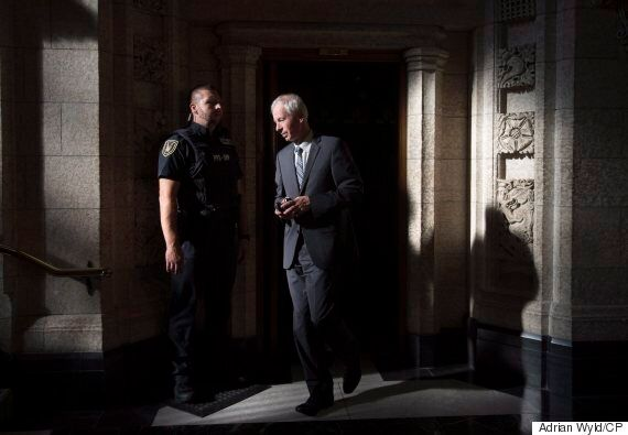 Stephane Dion Pressures Russia, Syria Over Aleppo At
