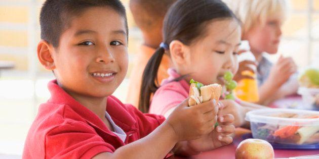 Kindergarten children eating