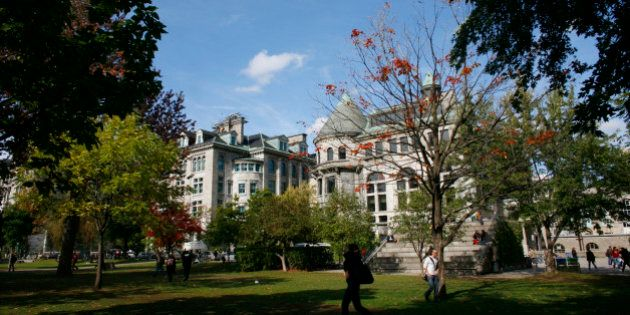 The McGill University campus is seen in Montreal, October 2, 2009.   REUTERS/Shaun Best    (CANADA EDUCATION)