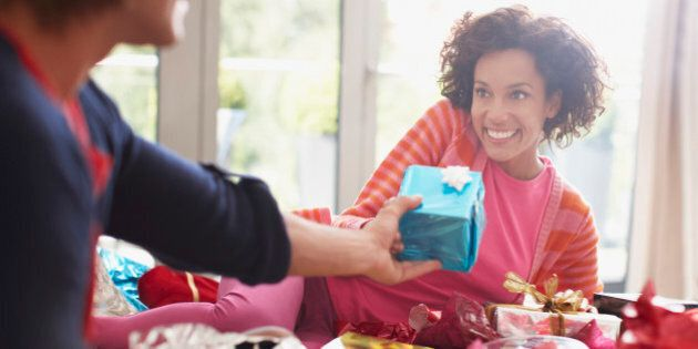 Christmas Gift Ideas: How Much Money Should You