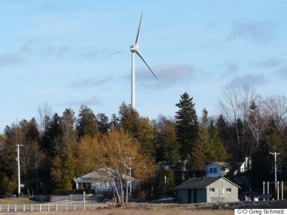 Wind Turbine Highlights Unifor's Hypocrisy On Noise