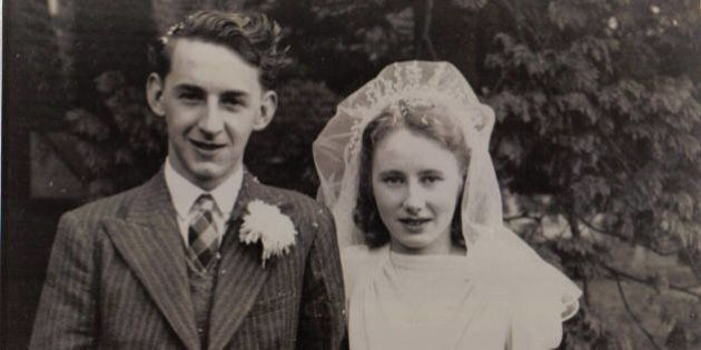 Grandparents On Their Wedding Day: Reddit Photos Show Nostalgic Fashions
