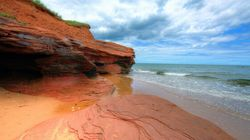 5 Canadian Natural Wonders We Forget