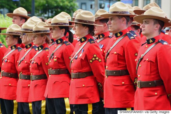Mounties To Start Wearing Tuques Instead Of Trademark