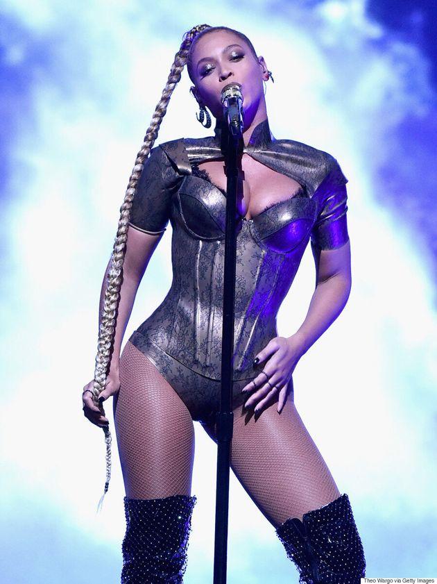 Beyoncé Powers Through Tidal Concert Like A Queen Despite Bleeding