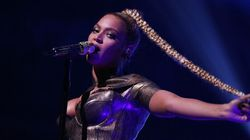 Beyonce Won't Let A Ripped, Bleeding Ear Stop Her From