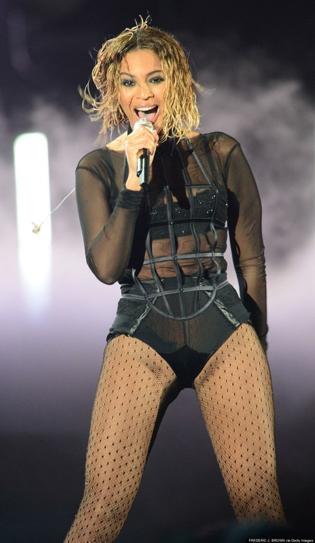 Beyonce Skips 2014 Grammys Red Carpet To Open Show