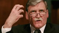 Dallaire Crashes Car On Parliament