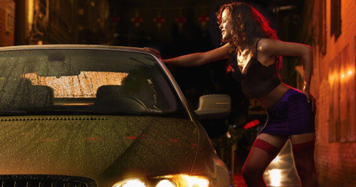 причиной может фильмы где зарабатывают деньги проституцией смотреть сняла себя маечку