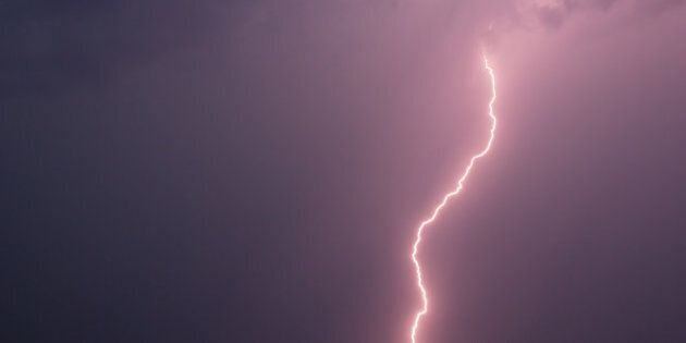 Lightning Injures 4 On Golf Course North Of