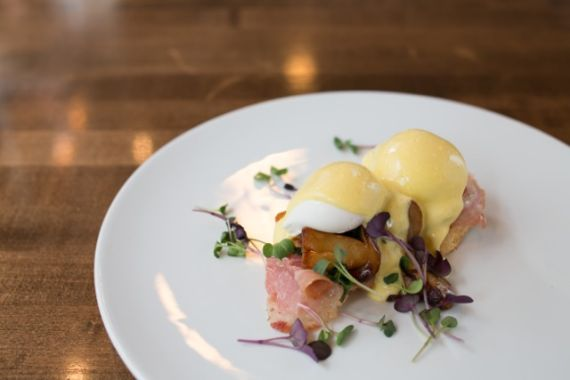 5 Spots For Mother's Day Brunch In