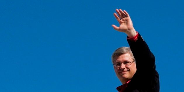 High-Five On Repealed Carbon Tax Draws Criticism For