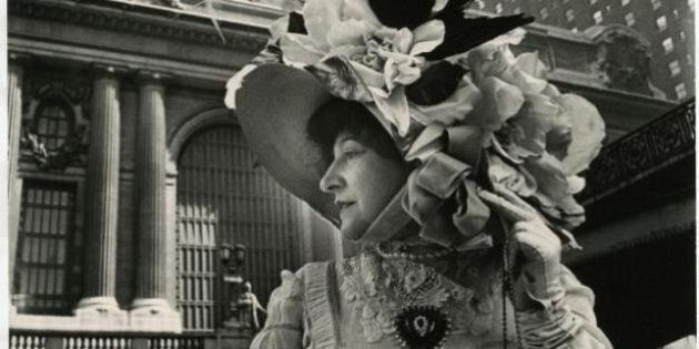 Vintage Street Style Photos Show Models In '60s And '70s Dressed In Victorian
