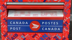 Canada Post Can 'Reinvent Itself':