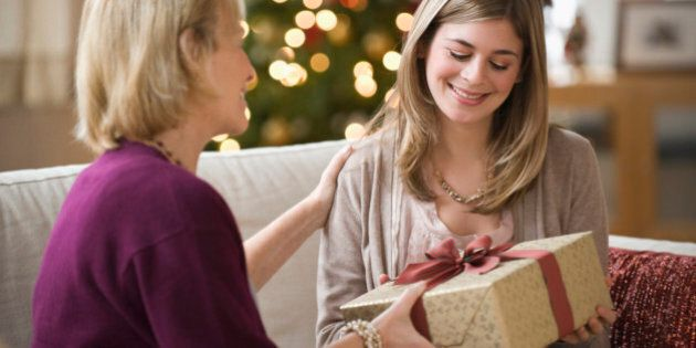 Gifts For Mom: 20 Christmas Ideas That Are Unique And Stylish