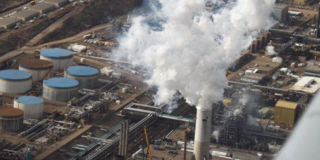 Alberta Oilsands Environmental Health Risks Probably Underestimated: