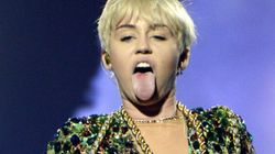 Miley Cyrus' Topless Twitter