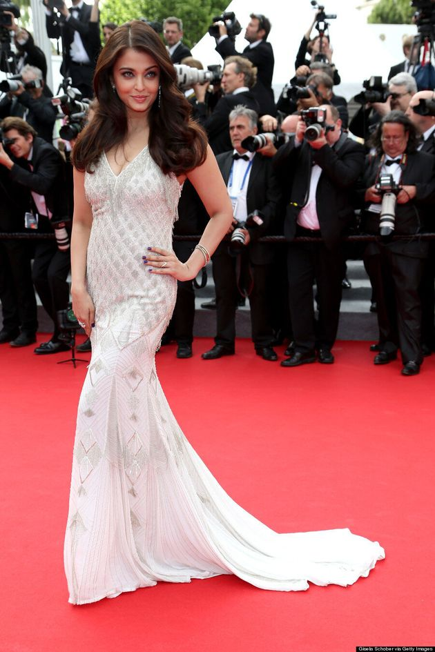 Aishwarya Rai Is Flawless In White Gown At Cannes 2014