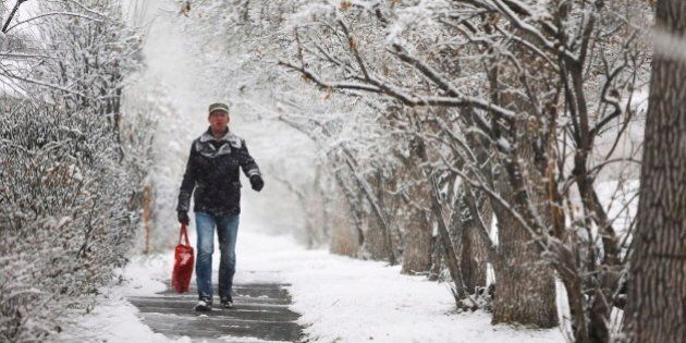 Snow In Calgary And Edmonton Means White Christmas Likely, But Frustrations