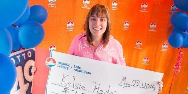 Kelsie Hodgin, Teen Mom, Wins $7,000,000-Lottery
