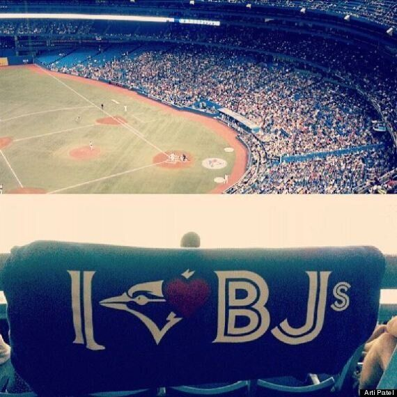 23 Signs You're At A Toronto Blue Jays