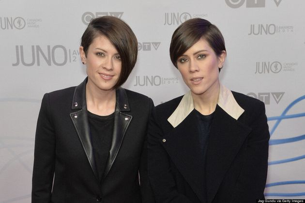 Tegan And Sara's Junos 2014 Outfits Are Androgynous Chic