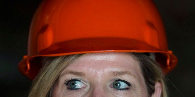 Ontario Election 2014: NDP Vow To Find $600M In Savings Full Of