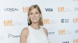 Rosamund Pike Shows Off Baby Bump On Red