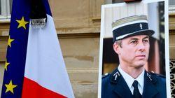 La mère d'Arnaud Beltrame juge le comportement des ex-otages