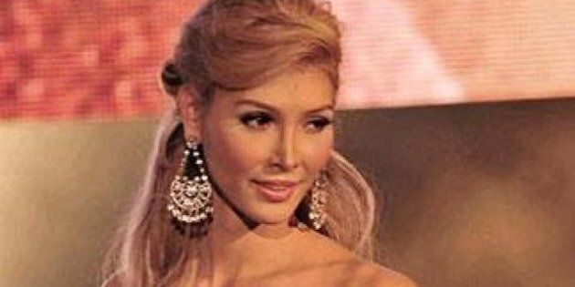 Jenna Talackova, Transgender Beauty Queen, Fights World Health