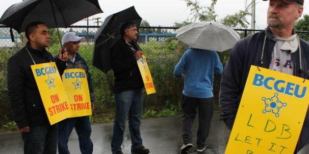 B.C. Liquor Distribution Strike: Staff Back Wage Demands For Provincial