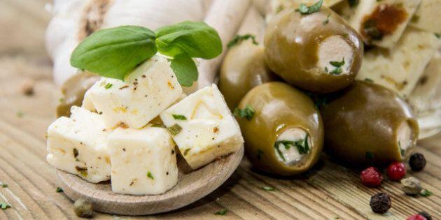 Mediterranean Diet: Mediterranean-Style Diet Cuts Heart Attack, Stroke Risk, Study