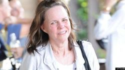 Sally Field Forgets To Wear
