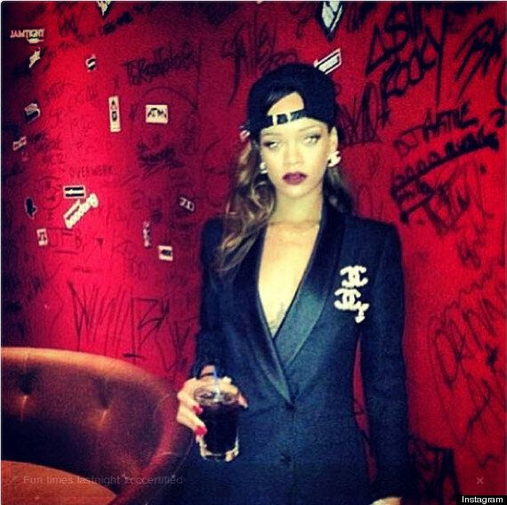 Rihanna In Calgary: Bad Girl Pop Star Posts Photos Of Strippers At Club, Shows Up Late To