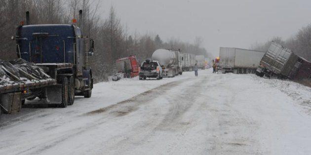 30-Car Pile-Up Blocks Highway Near Quebec