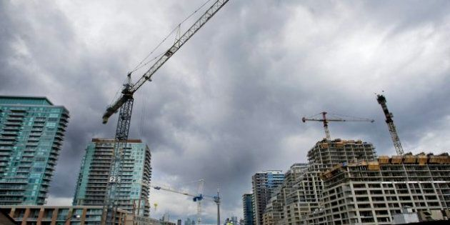 Canada Housing Starts: Big Toronto Projects Pushed Up Construction In August, CMHC