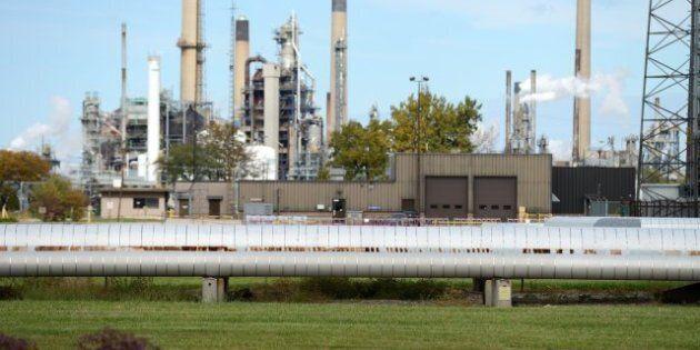 Enbridge Alberta Pipeline Leak: Company Shuts Down