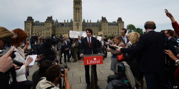 Trudeau Protest Twitter Reaction: PMO Slammed For Partisan Stunt