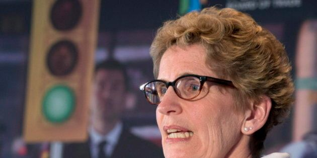 Kathleen Wynne Asks Businesses To Push Support For Public Transit