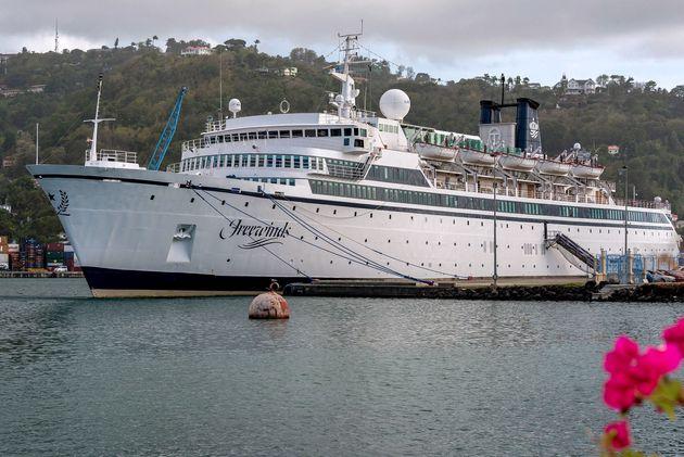 Epidemia di morbillo su una nave di Scientology: è